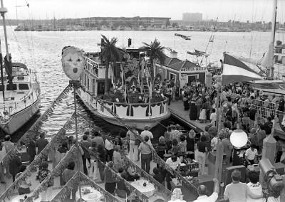 Dock Party 9-23-81  Fishermans Village HMGW193 img193 edited