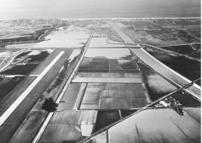 hpv211bw-aerial-over-jefferson-mcconnell-looking-west-2-20-58