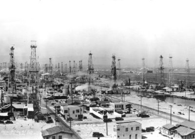 venice-oilfield-panorama-1930-copy-of-hm123bw-edited
