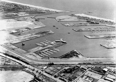 The first construction in 1964, the Marina del Rey Hotel