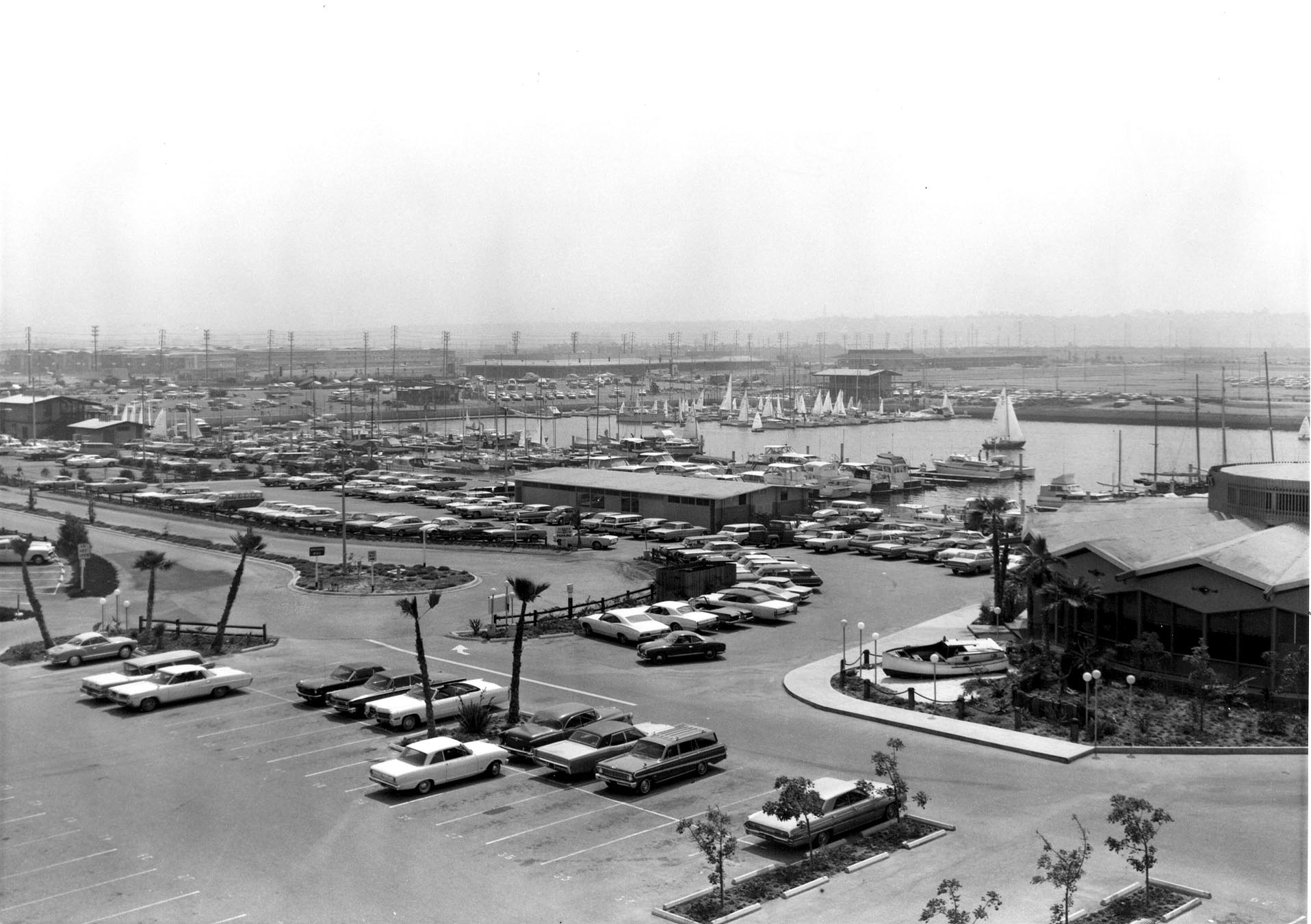 hm179bw-view-from-mdr-hotel-wjycsccycdon-the-beachcomber-1967