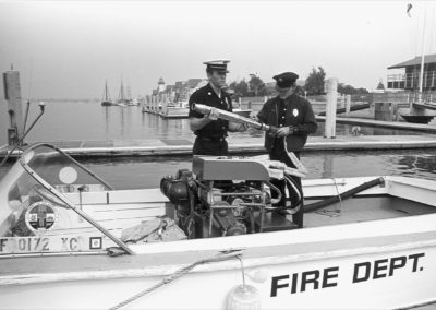 hm287bw-mdr-fireboat-11-70