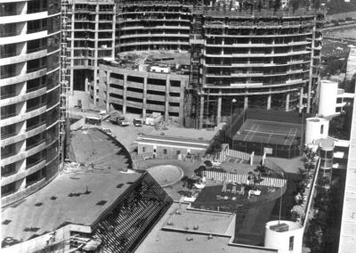 hmgw257bw-9-6-74-marina-city-club-east-tower-construction