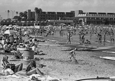 mdr-beach-9-11-83-19