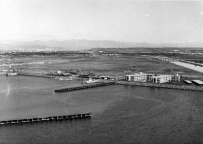 tempbreakwater-groin-county-admin-bldg-villa-venitia-1963-aerial-hm130bw