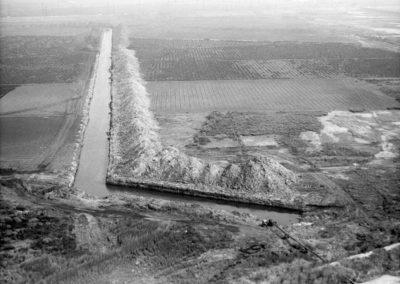drainage-channel-mdr-1960-hm084bw-edited