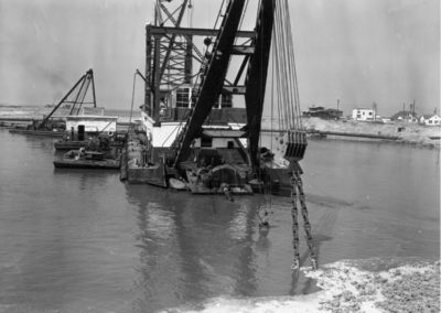 dredging-barge-in-main-channel-1960-hm153bw-mdr-edited